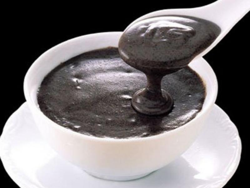 Cách nấu chè mè đen đậu phộng